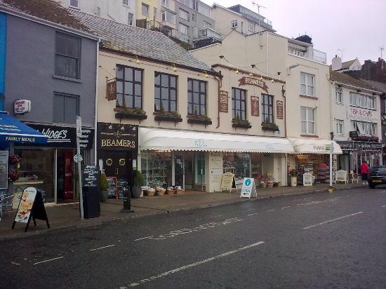 Beamers Restaurant: Restaurant windows on the first floor