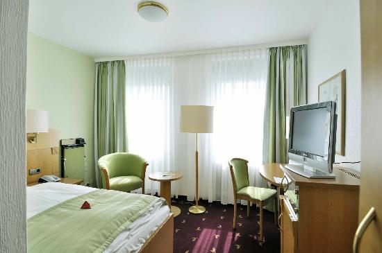 Hotel Esplanade: Standard Zimmer