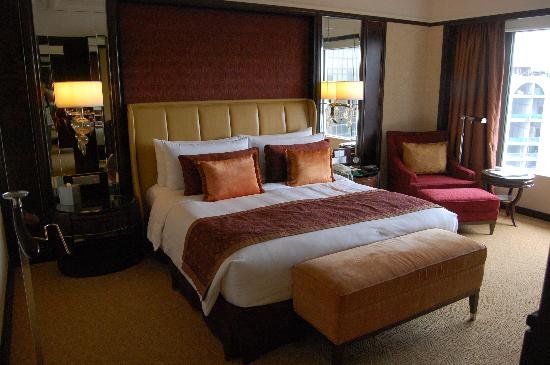 Shangri-La Hotel Kuala Lumpur: The separate bedroom