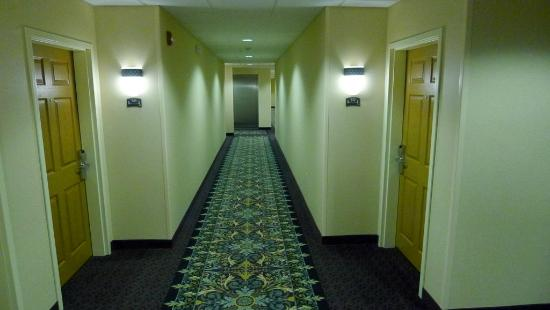Staybridge Suites Oklahoma City - Quail Springs: Hallway