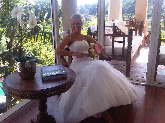 Villa Casa Guest House: Maresa getting ready for wedding at the guest house