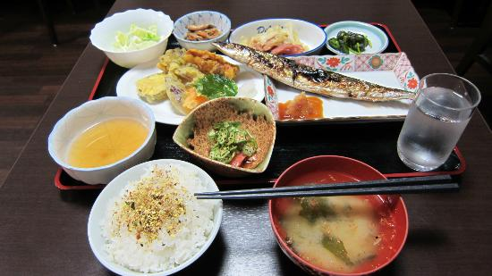 Business Hotel Junwa: 夕食はボリューム有り