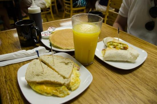 Beach Shanty Cafe: Good breakfast