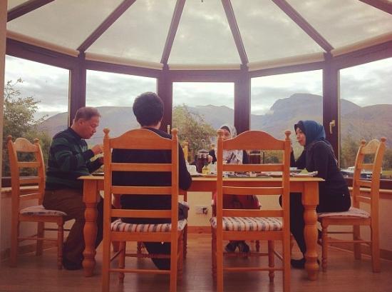 Glenshian Guesthouse: Breakfast