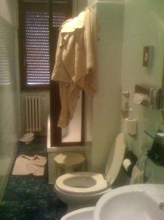 Agape Hotel: Bagno