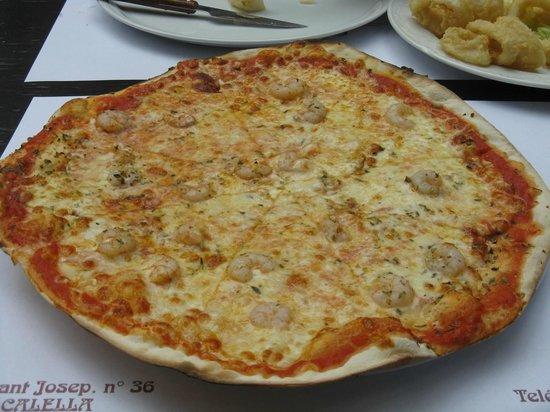 pizza picture of pizzeria don carlo calella tripadvisor. Black Bedroom Furniture Sets. Home Design Ideas