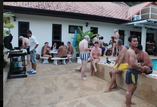 Phuket Gay Homestay - Neramit Hill: Every Saturday BBQ dinner buffet and swimming pool fun