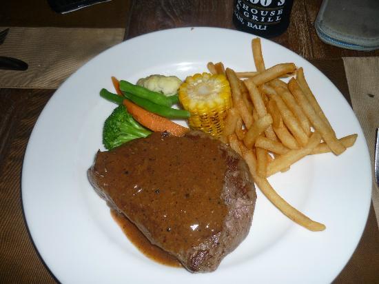 Moo Moos Steakhouse Bar and Grill: 400g rump steak