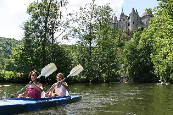 Dinant Evasion - Lesse Kayaks : Chateau de Walzin