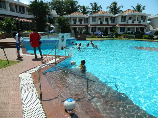 Heritage Village Club Goa: Water water every where