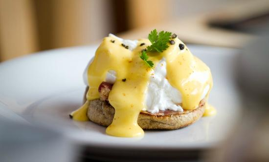 Chalet Algonquin: Even breakfast is a luxury affair