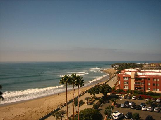 Crowne Plaza Ventura Beach: View from our room -