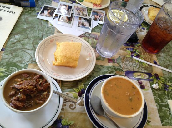 Two Sisters Pecan House: Corn bread, gumbo and crawfish étouffée
