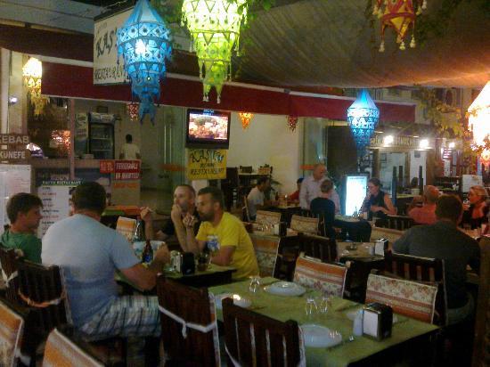 Kasim Restaurant: saloon