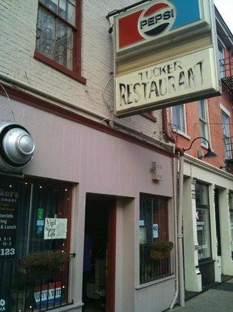 Tucker's Restaurant - Vine St