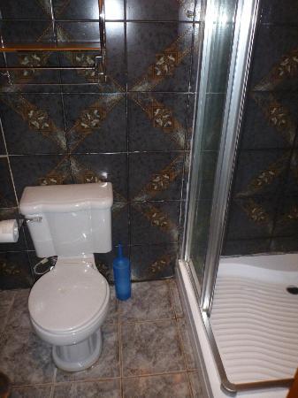 Taura'a Hotel: Otra del baño