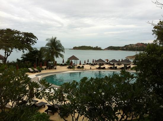 The Tongsai Bay: main pool ans beach... balcony view