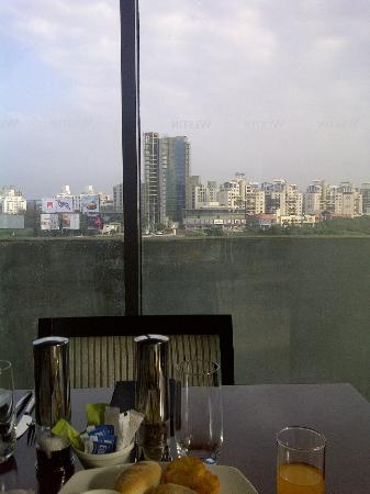 The Westin Pune Koregaon Park: Restaurant view - Breakfast