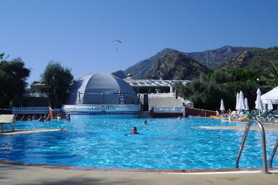 Club Belcekiz Beach Hotel: Main pool, Theatre behind
