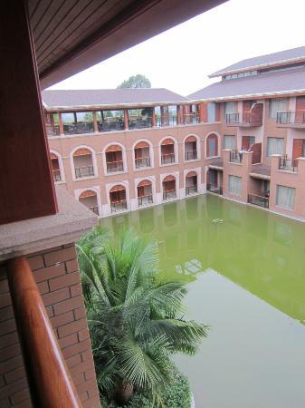 Mile Hot Spring Hotel: Each section was built around water