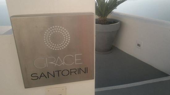 Grace Santorini Hotel: entrance
