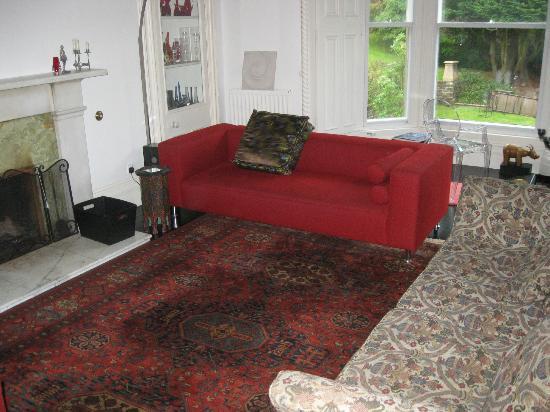 Glenardoch House: living room
