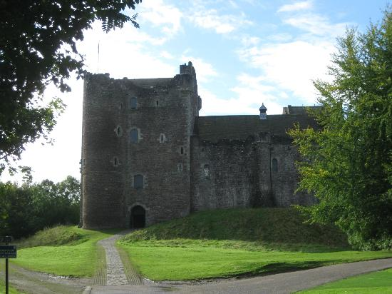 Glenardoch House: Doune castle