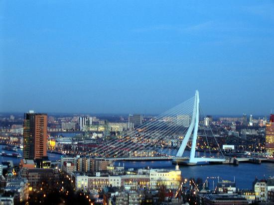 Euromast : Prachtig uitzicht vanuit deze hoogte