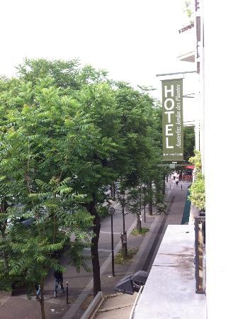 Outside from hotel window picture of libertel austerlitz jardin des plantes paris tripadvisor - Hotel austerlitz jardin des plantes ...