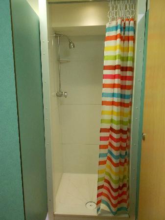 Bath YMCA: doccia