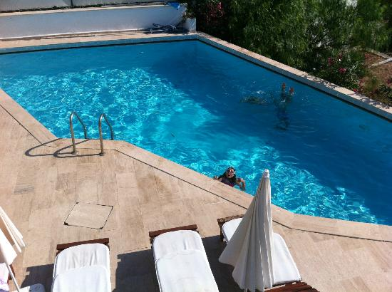 Beyaz Hotel: pool