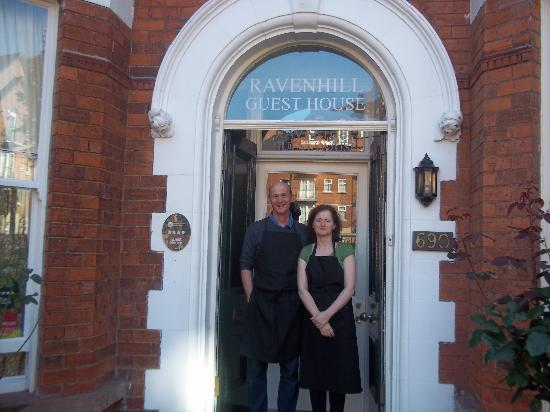 Ravenhill Guesthouse: Our wonderful Host and Hostess, Roger and Olive