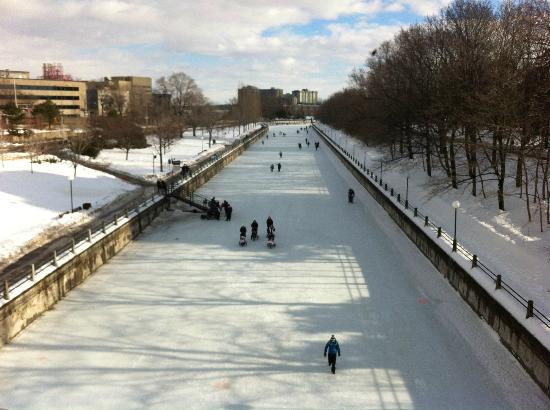 Rideau Canal: Skateway view from Corktown Bridge
