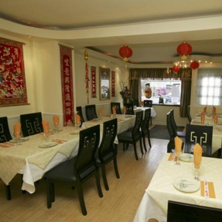 Gold River: Restaurant main room