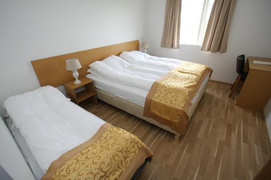 Lambastadir Guesthouse: Economic triple room