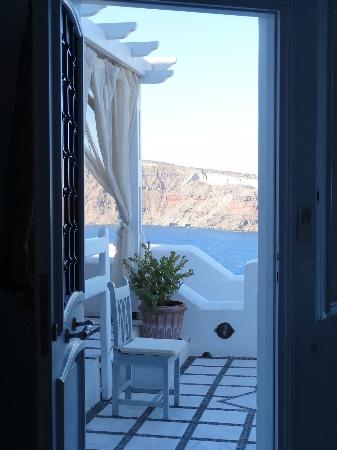 Marizan Caves & Villas: View from our front door