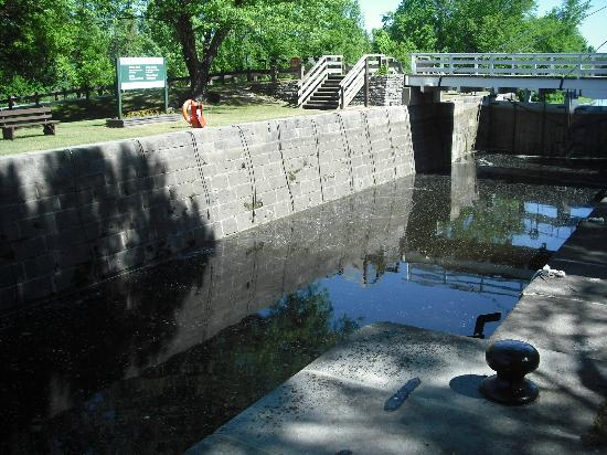 Rideau Canal: Upper Nicholson Lock, Andrewsville ON
