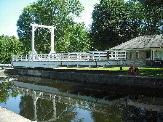 ‪‪Rideau Canal‬: Upper Nicholson Lock, Andrewsville ON
