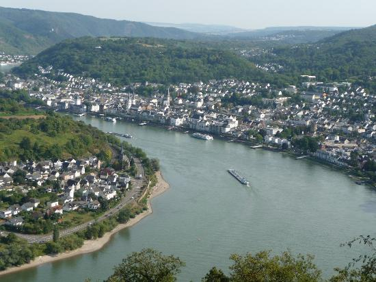 Boppard Hotel Ohm Patt: Nice view of Boppard from the Chair Lift at the other end of town