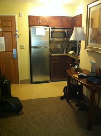 Staybridge Suites Reno Nevada: kitchen area