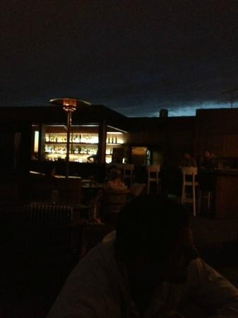 W St. Petersburg restaurant : picture of the rooftop, a few weeks past White nights..