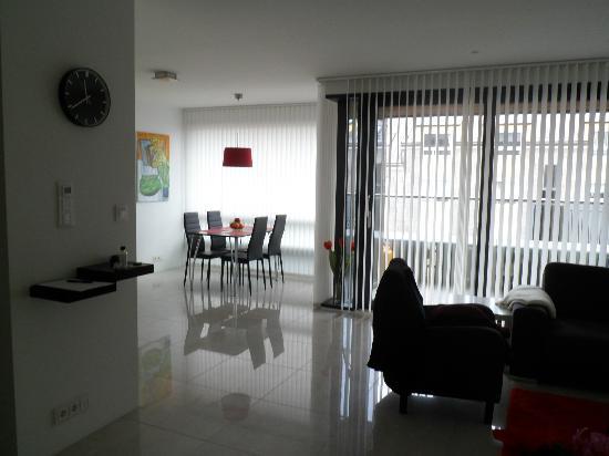 Ocean Comfort Apartments: Apt 403