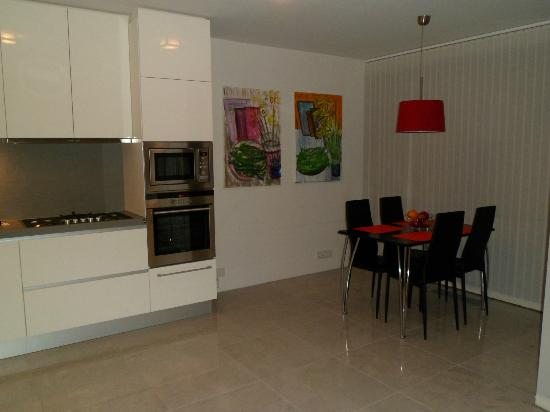 Ocean Comfort Apartments: Apt. 403
