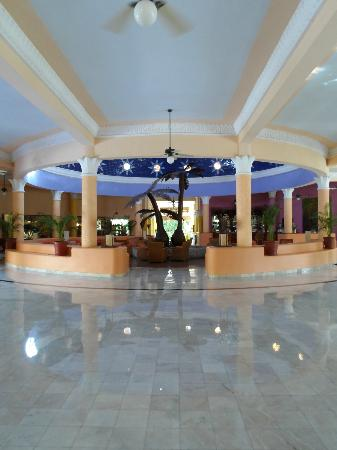 IBEROSTAR Paraíso Del Mar: more lobby