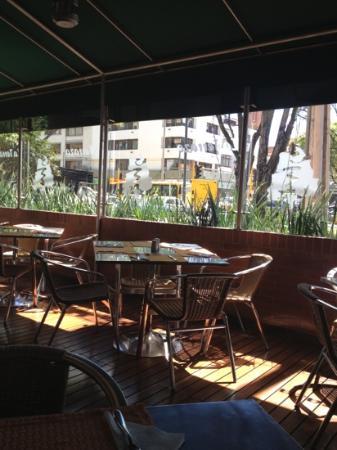 Hotel Parque 97 Suites: Restaurant Terrace