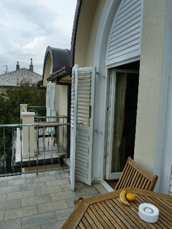 Pension Maestral: Balkon