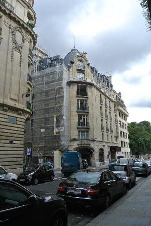 Sofitel Paris Arc de Triomphe: View of the exterior of the hotel