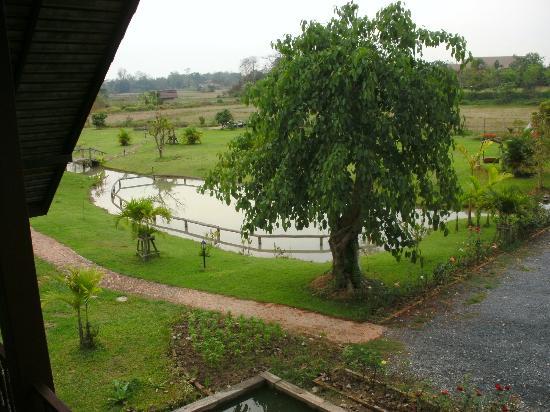 Apirata Resort: Gartenanlage