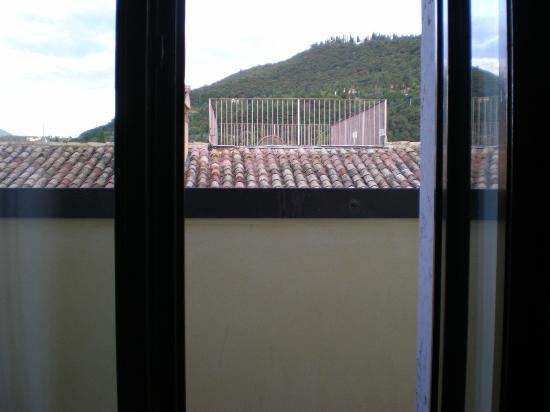 Hotel Roma: View From Lake View Terrace Room