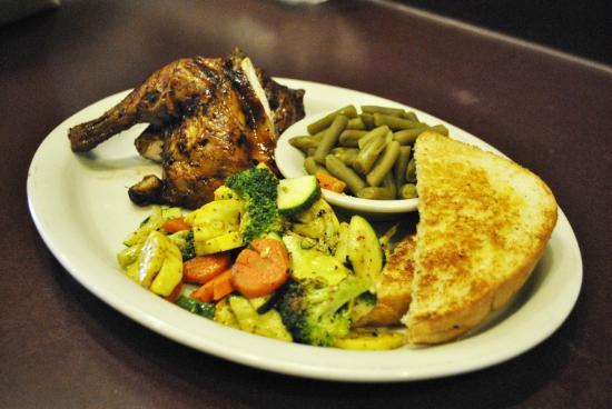 Podnuh's Rib House and Grill: Chicken and Veggies